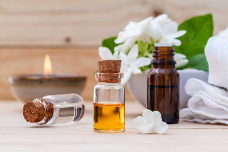 Jasmine Essential Oil benefits