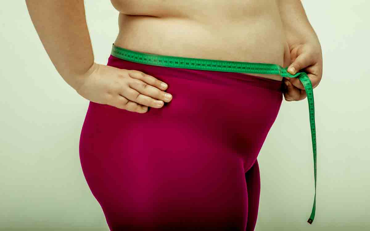 How to lose weight around stomach and hips